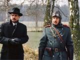 Leopold Skrčílek (hraje Viktor Preiss)